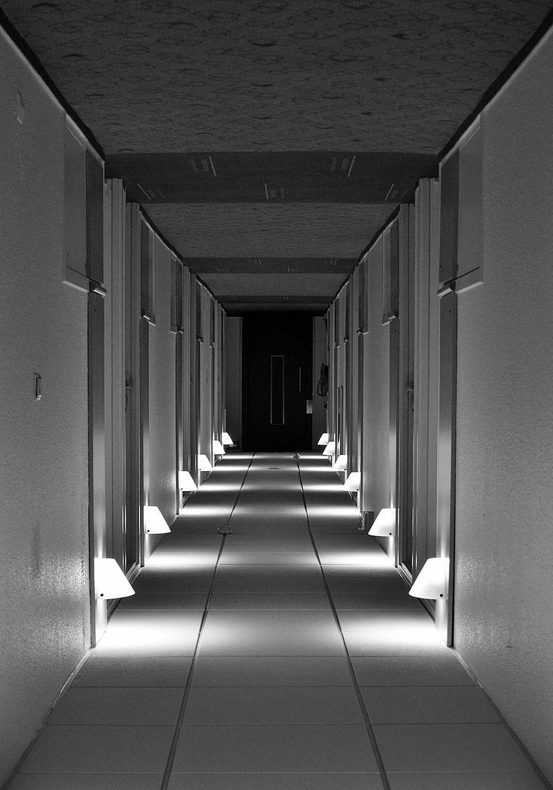 9-2 hotel-hall-101634_1280.jpg